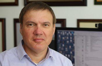 A tudas.hu interjúja Frei Zsolttal, az ELTE Fizikai Intézetének igazgatójával